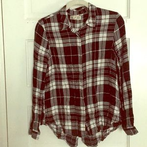 Adorable plaid flannel high low shirt